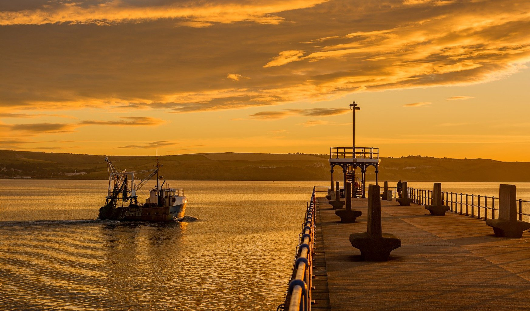 pier in weymouth dorset