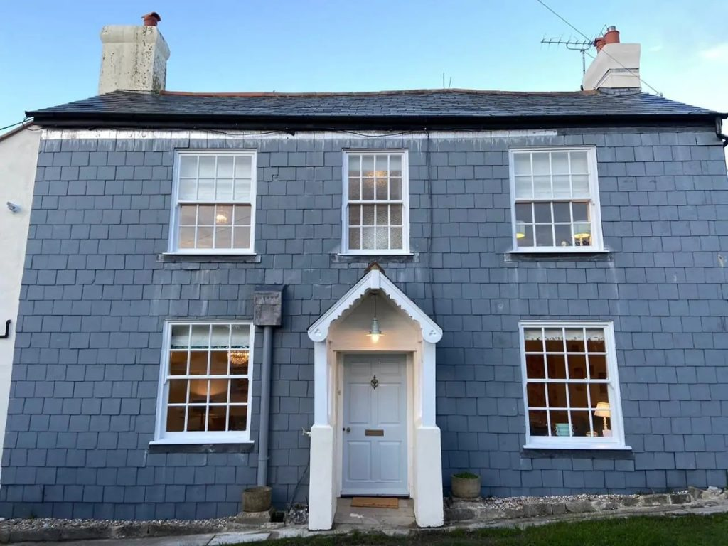 Lyme Regis Cottages for self catering holidays
