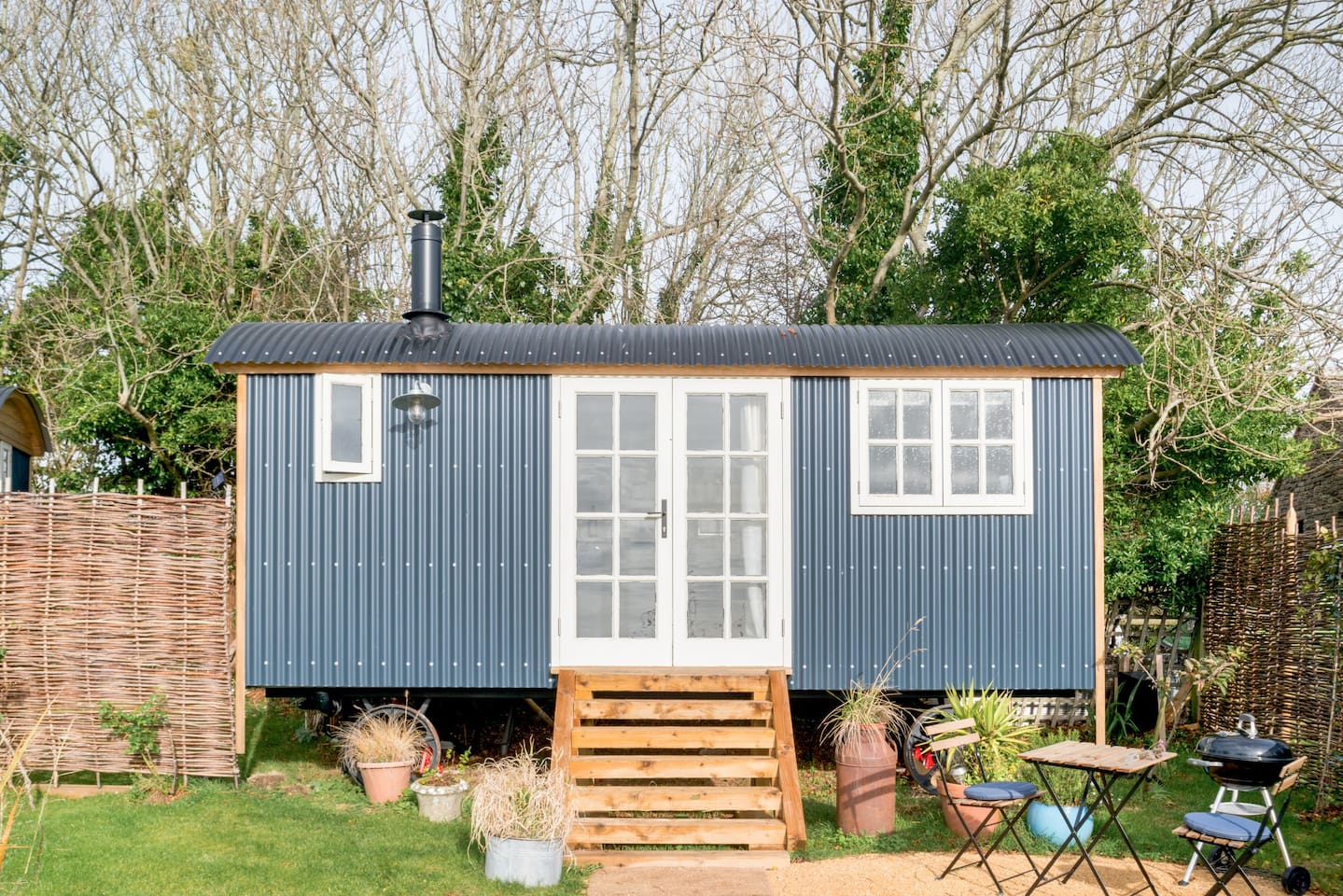 7 of the Most Amazing Dorset Shepherds Hut Stays