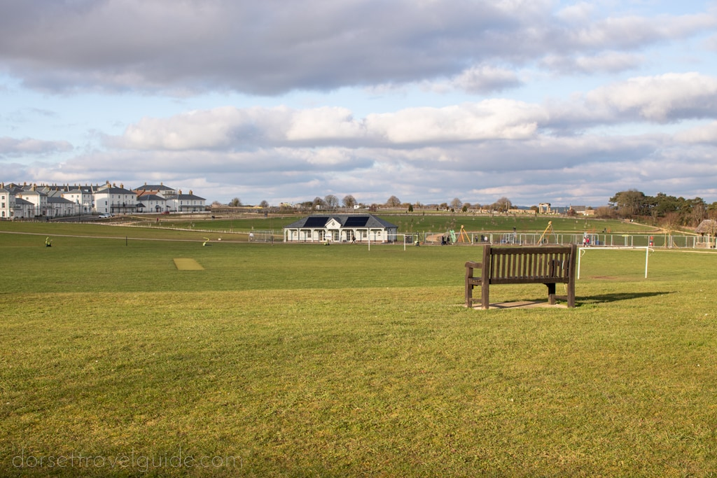 Walk back to Poundbury from Maiden Castle