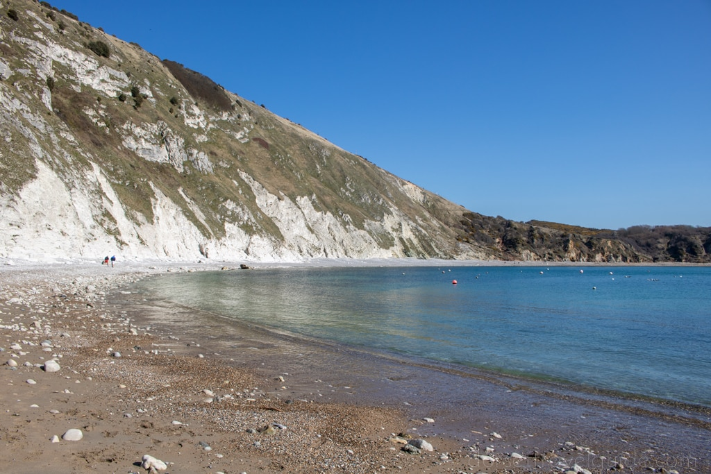 Lulworth Cove to Durdle Door walk ending at the beach